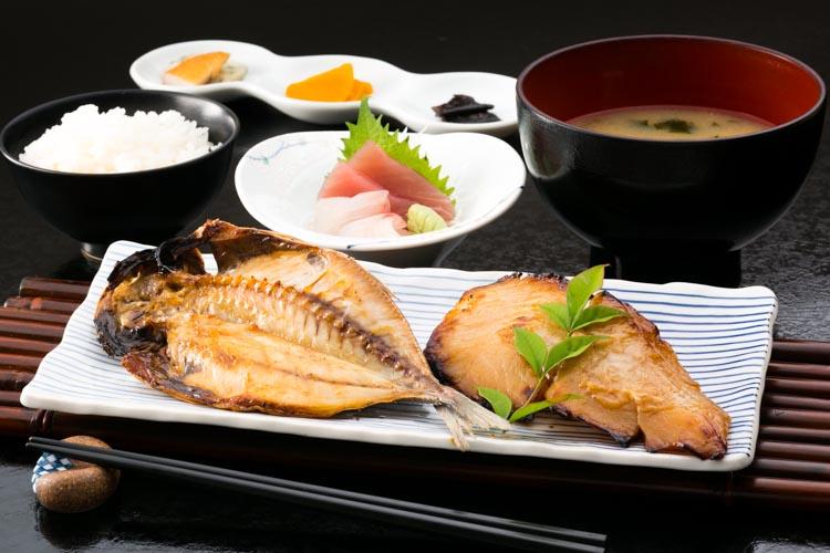 料理の写真06